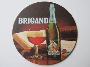 Bière dessous de Verre ~ Brouwerij Van Honsebrouck ( Est 1900)- Brigand Belge M0jNBLzz-09101022-929393988