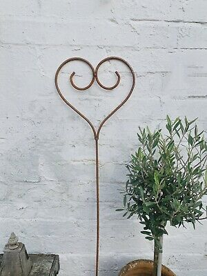 Rustic Wire Climbing Plant Support Decor 112cm Rusty Metal Star Garden Stake