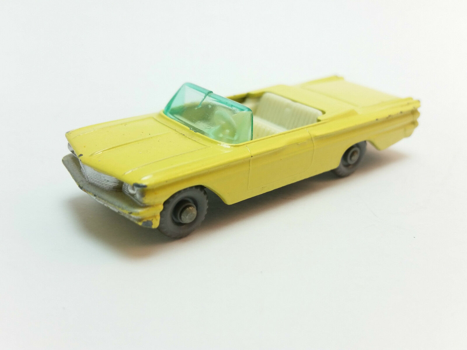Moko Lesney Matchbox 1-75 Series 39 jaune Pontiac Convertible GPW Near Mint