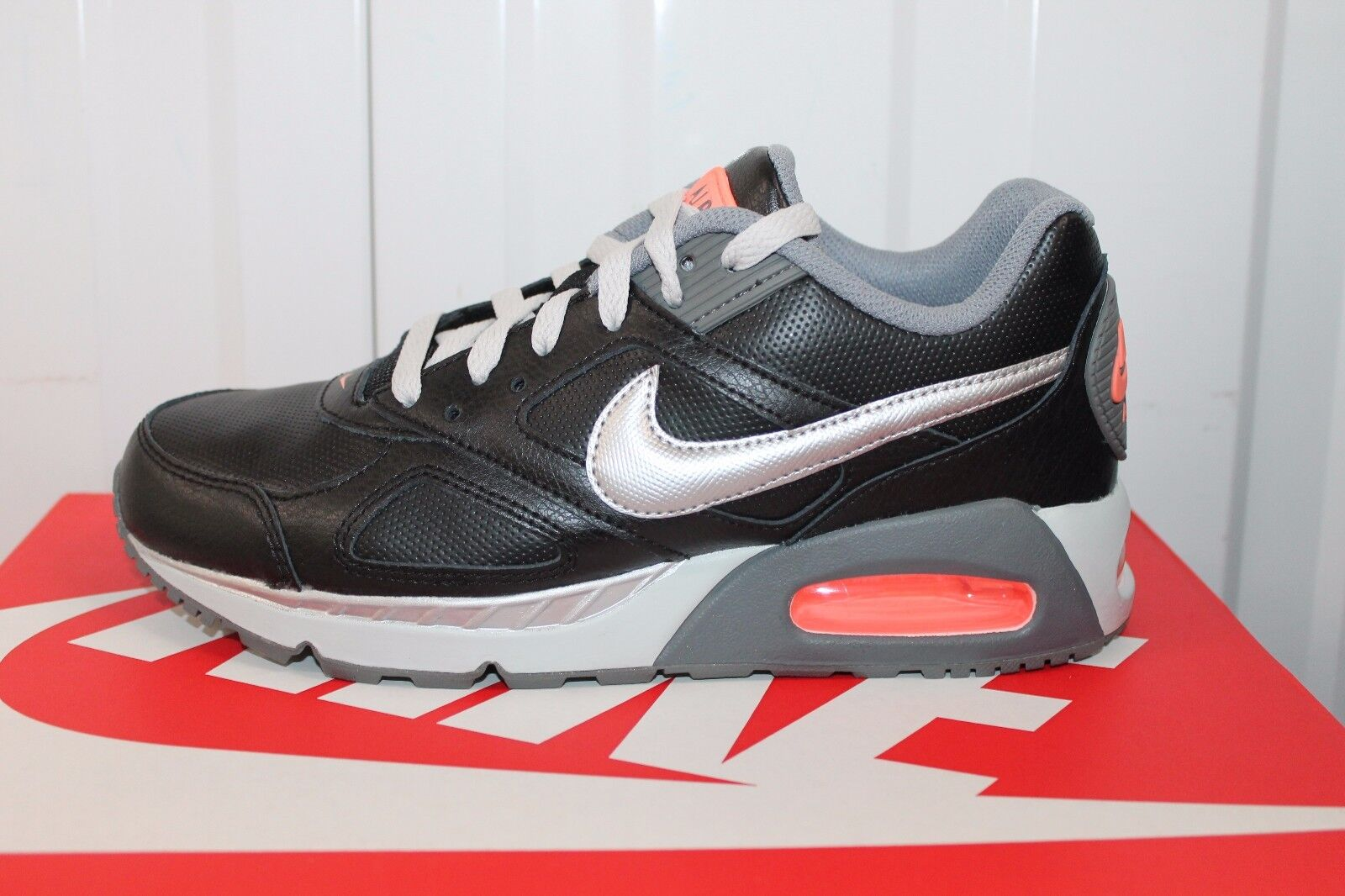 NIKE AIRMAX IVO LTR 579770-002 Price reduction Brand discount