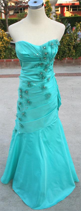 NWT ROBERTA  AQUA Juniors Prom Evening Ball Gown 13