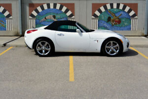 Mint 2008 Solstice GXP - 300hp - one owner