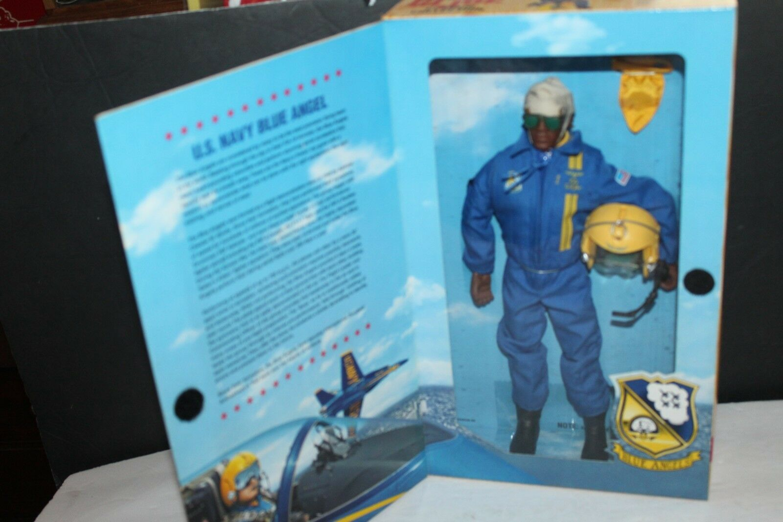 G.I. JOE CLASSIC COLLECTION U.S. NAVY AFRICAN AMERICAN blueE ANGEL MIB
