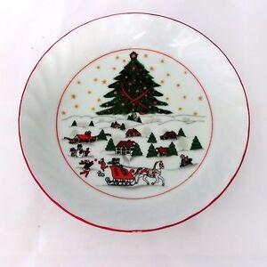 Christmas-Pleasure-by-Kopin-Soup-Bowl-Scalloped-Red-Trim-Snow-Village-Scene