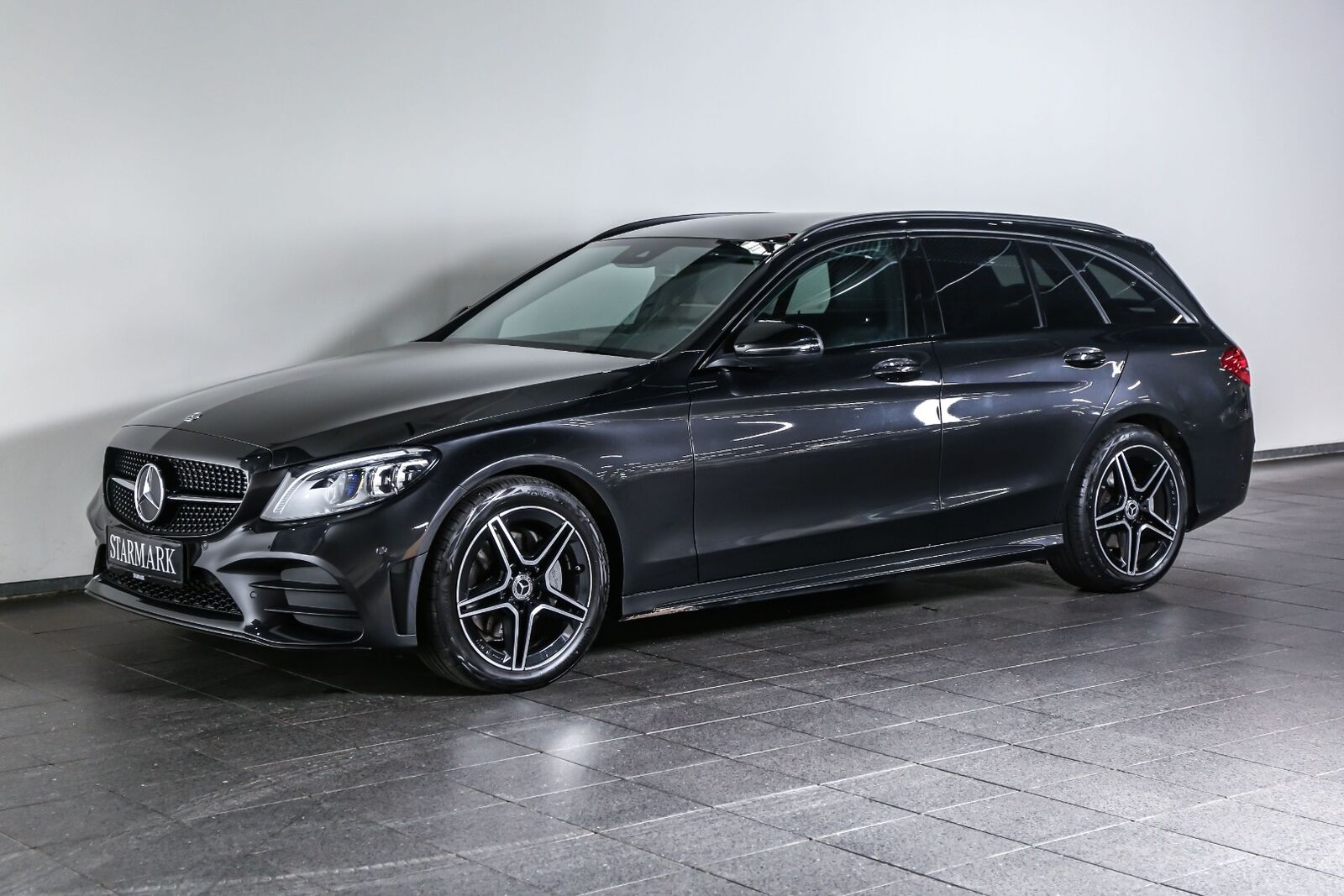 Mercedes C220 d 2,0 AMG Line stc. aut. 5d - 489.900 kr.