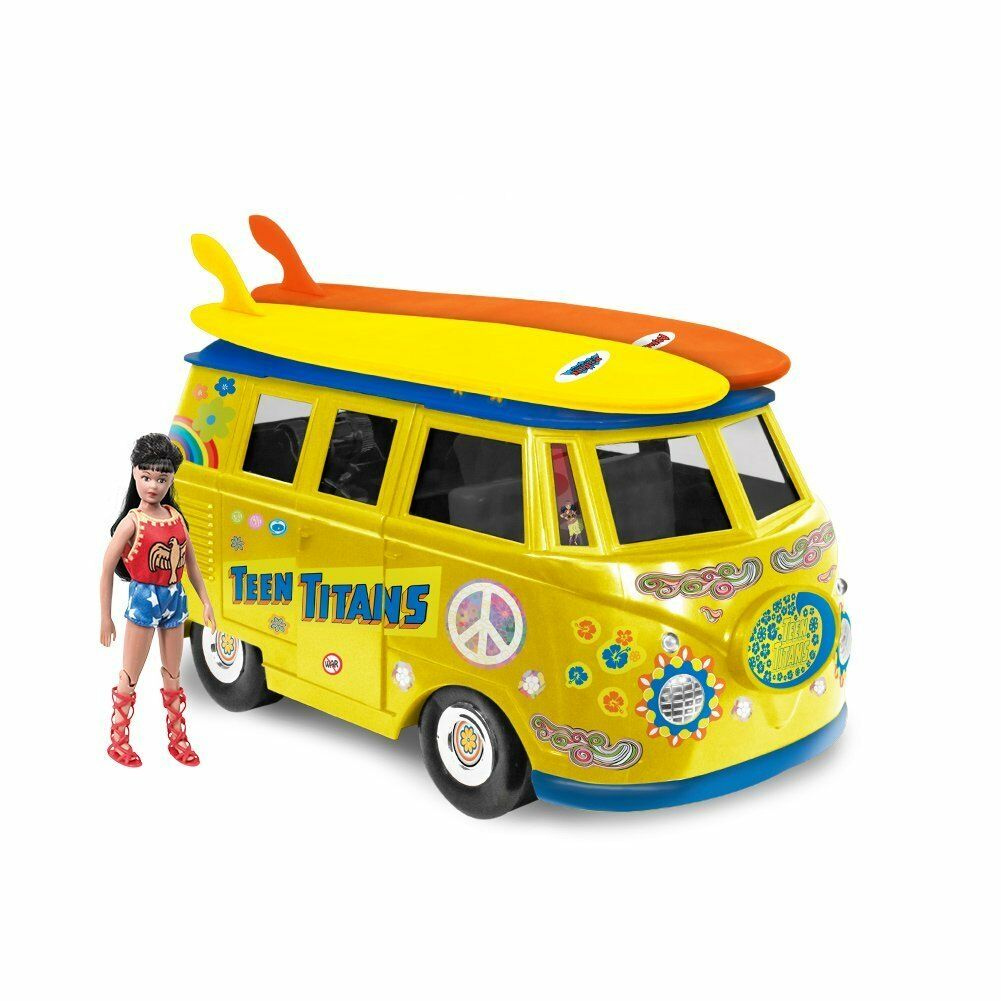 Official DC Comics Teen Titans Bus Playset With Exclusive Wondergirl Figure
