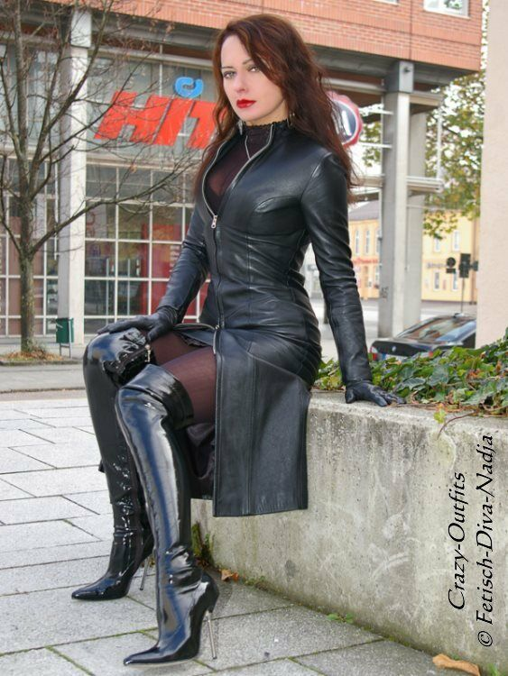 da42dbee934 ... Lederkleid Kleid black Langarm Langarm Langarm Knielang Stehkragen  Größe 32 - 58 XS - XXXL e65aca ...