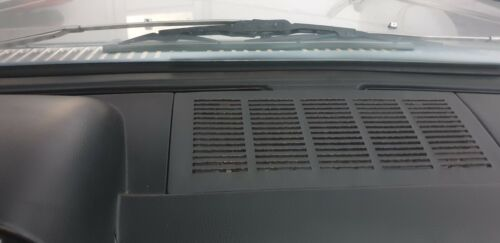 Mercedes-Benz W114 Coupe Lautsprecher Abdeck//Loudspeaker Cover