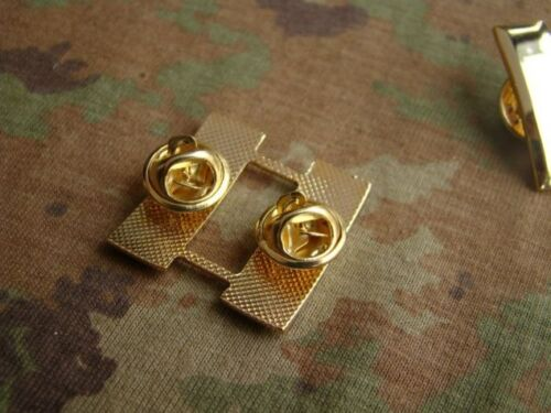 US ARMY OFFICER/'S CAPTAIN RANK COLLAR INSIGNIA MILITARY BADGES WW2 PAIR OF U.S
