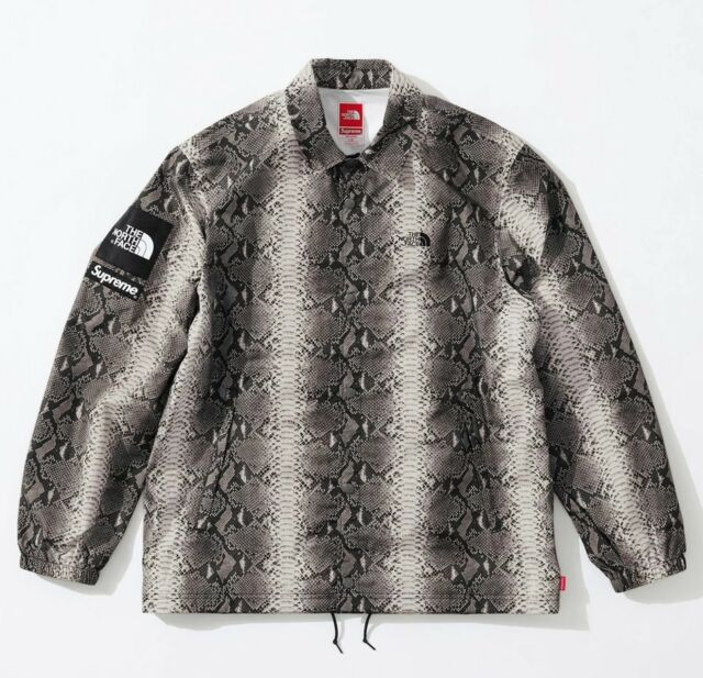 2996da63a30951 Supreme x The North Face Snakeskin Taped Seam Coaches Jacket Black Medium  New