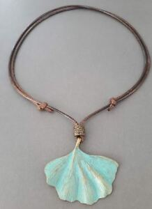 2-25-034-large-Patina-Brass-Ginkgo-Leaf-charm-Pendant-Wax-Rope-handmade-adjustable