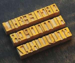 A-Z-Holzbuchstaben-33-mm-Plakatlettern-Buchstaben-Holzlettern-Lettern-Holz-wood