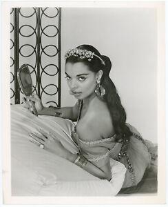 Black Hollywood Starlet, Model Vera Francis Vintage 50s PinUp Glamour Photograph