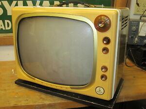 RARE-Vintage-1950-s-Portable-Tabletop-Emerson-TV-Set
