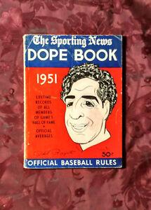 RARE-The-Sporting-News-BASEBALL-Major-League-DOPE-BOOK-1951-Phil-Rizzuto