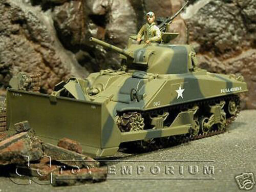 """/""""RETIRED/""""  Ultimate Soldier  WWII US M4A3 Sherman Dozer"""