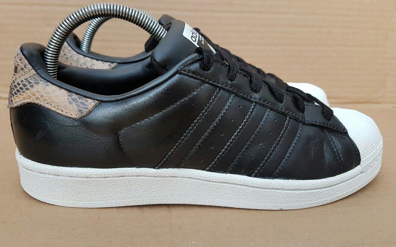 Adidas Superstar peau de serpent Pack Noir et Blanc Baskets En Pointure 6 très bon état