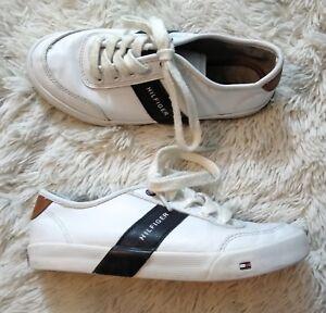 36ad865ec Tommy Hilfiger Boys Dennis Low Stripe Youth Size 2 White Tennis ...