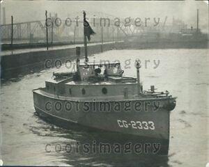 1925-US-Coast-Guard-Boat-2333-Press-Photo
