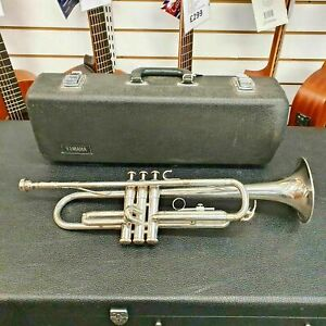Yamaha Japan T100S Silver Trumpet including mouthpiece and case - Made in Japan