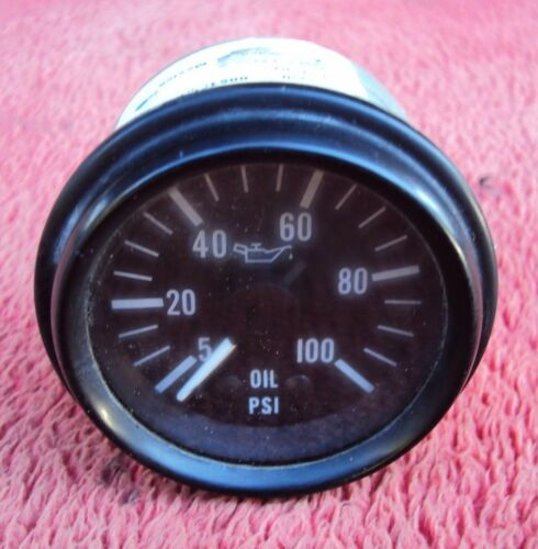 Peterbilt 379 oil pressure gauge 377 362 378 359 375 330 385 357 Kenworth