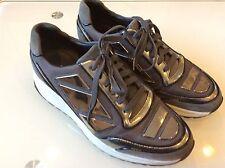 Alejandro Ingelmo Men's Gray sneakers size 9 $ 74.00