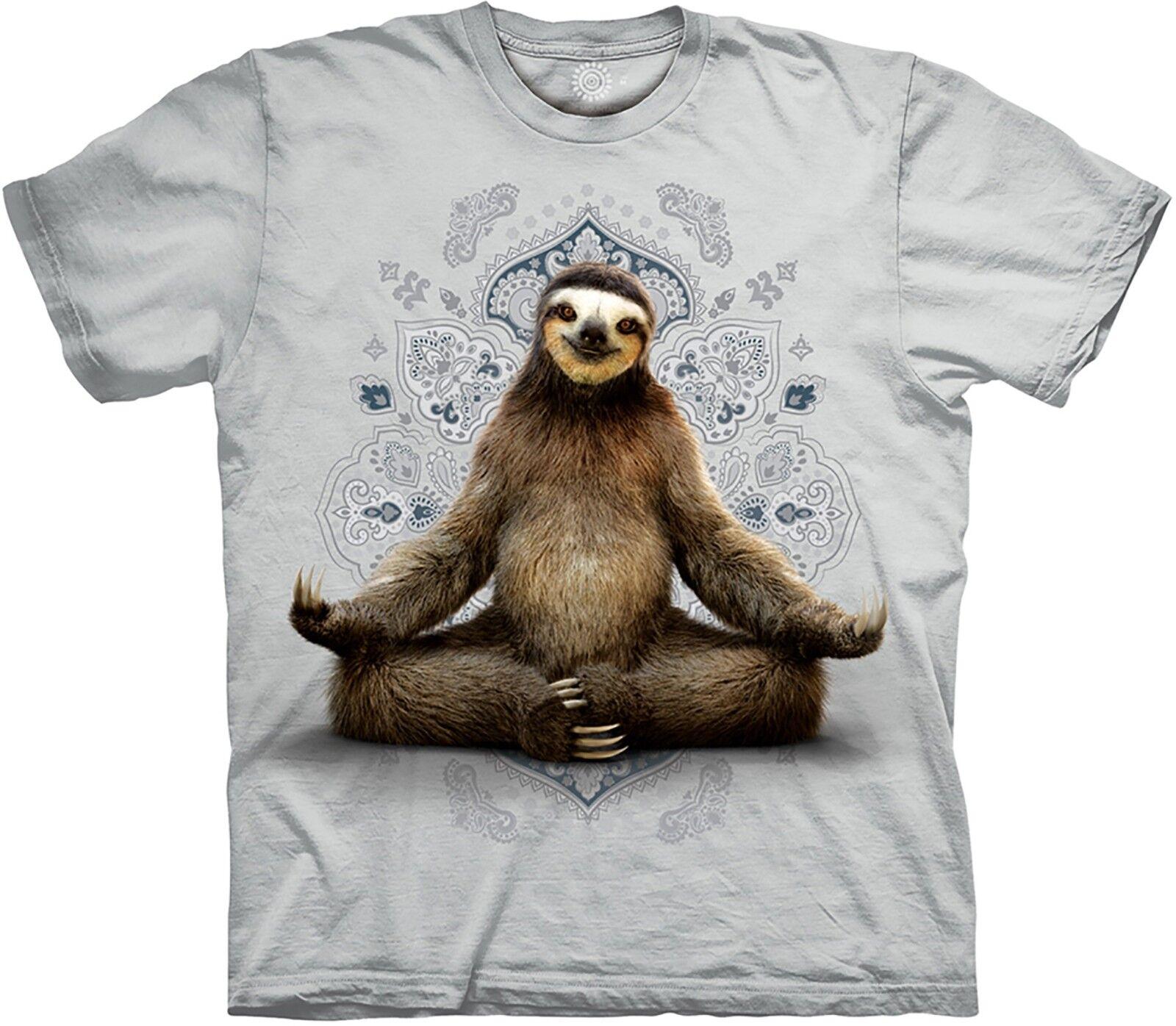 The Mountain Adult Vriksasana Sloth Grau Yoga Animal T Shirt