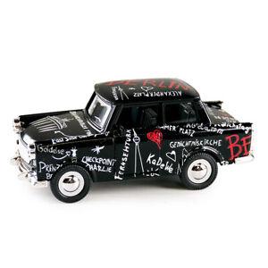Trabi-Trabant-Limousine-Berlin-Sketch-Modellauto-DDR-Metall-12-cm-NEU