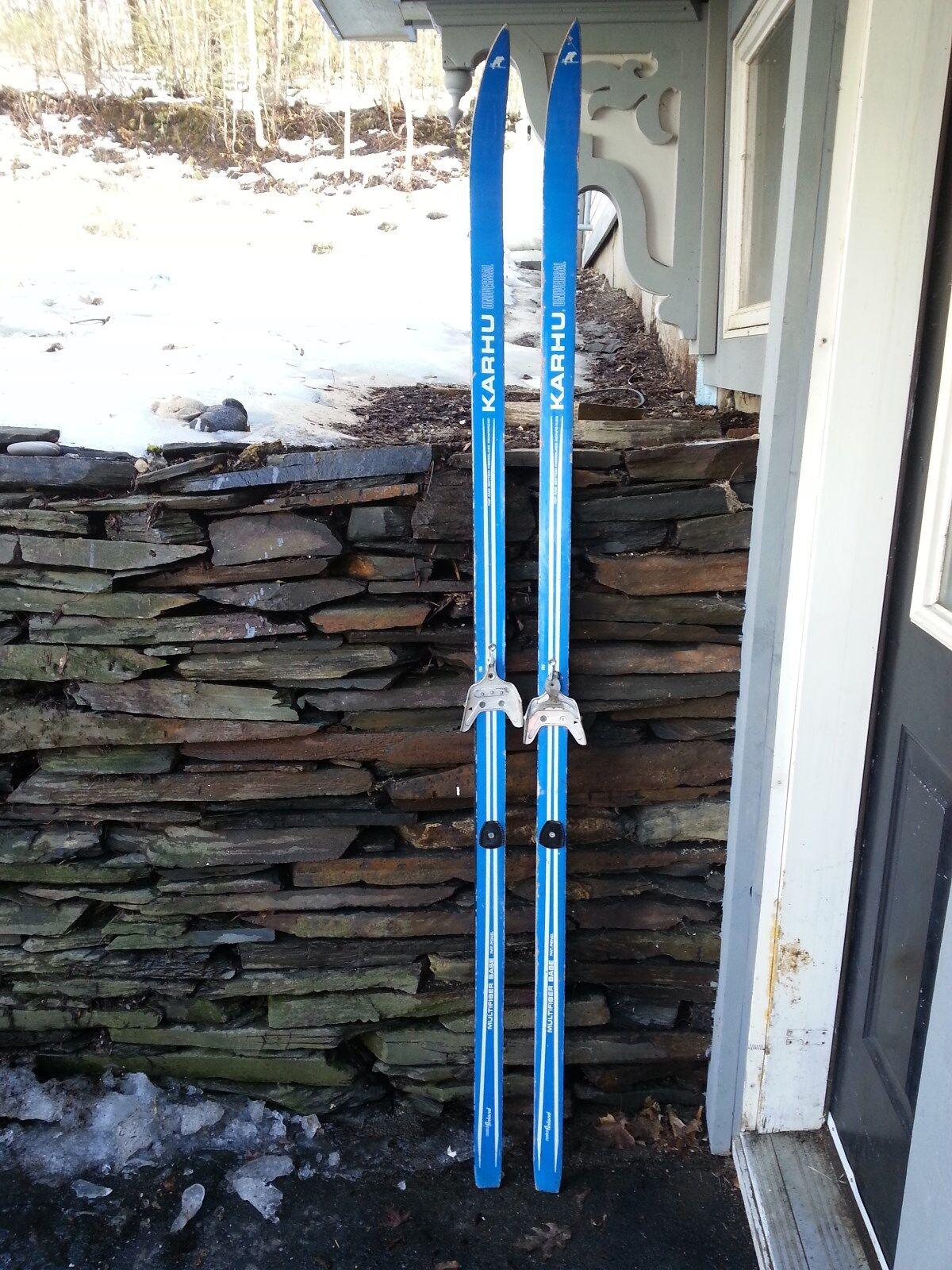 VINTAGE HICKORY Wooden 75  Skis Has Blau Finish Signed KARHU