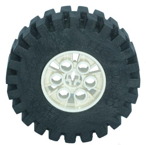 Missing Lego Brick 4266 /& 4267  White /& Black Technic Tyre /& Hub 20 x 30