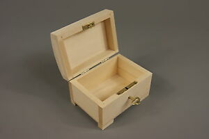 LITTLE-NATURAL-WOOD-WOODEN-BOX-HINGED-LOCKABLE-PSK10-TREASURE-CHEST-PIRATE