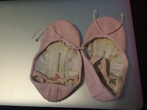 Toddler girl leather pink ballet shoes 6.25 inches tie to loosen tighten