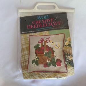 Vintage-Crewel-kit-Needlepoint-Avon-Pillow-Strawberries-Basket-Kitsch-Retro-70s