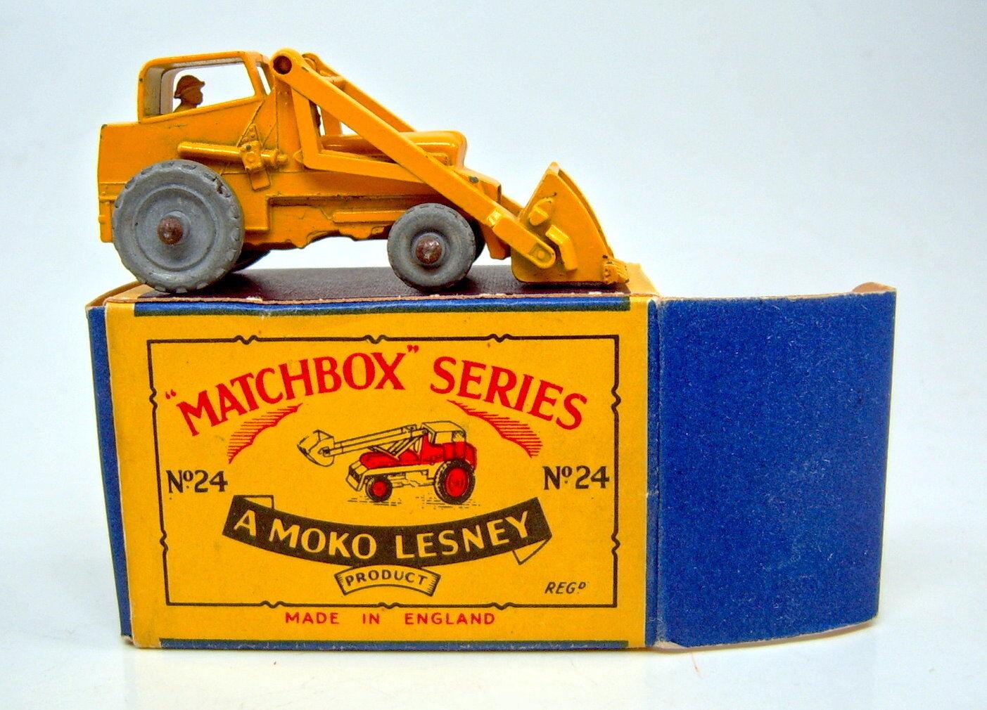 Matchbox RW 24 a HYDRAULIC EXCAVATOR jaune dans  Petit Moko  BOX
