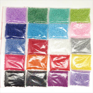 vert x 20g bleu opaque Perles de Rocaille tricolore 2mm rouge