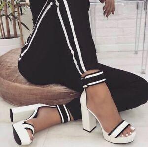 Scarpe-aperte-donna-sandali-spuntati-con-tacco-alto-e-plateau-scamosciate-estive