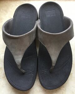 WOMENS-FITFLOP-SHIMMERY-GRAY-THONG-FLIP-FLOP-SANDALS-SIZE-9