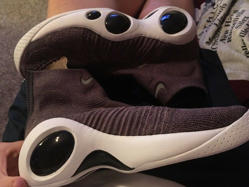 9.5 Nike Flight Bonafide Mens Basketball Shoe Taupe Grey Dark Raisin 917742 200