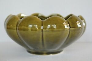Vintage-McCoy-Pottery-509-Floraline-Green-Succulent-Scalloped-Planter
