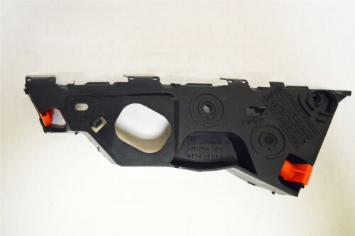 GENUINE VAUXHALL CORSA D 06/> LH FRONT BUMPER TO WING RETAINING BRACKET 13179960