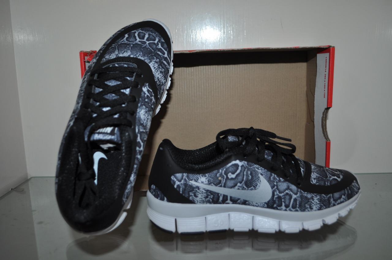 Nike Women's Free 5.0 V4 Print 695168 004 Running Shoes Black/White NIB See SZ