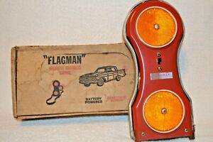 Vintage-Flagman-Emergency-Signal-Auto-Accessory-With-Box-for-PARTS-or-REPAIR