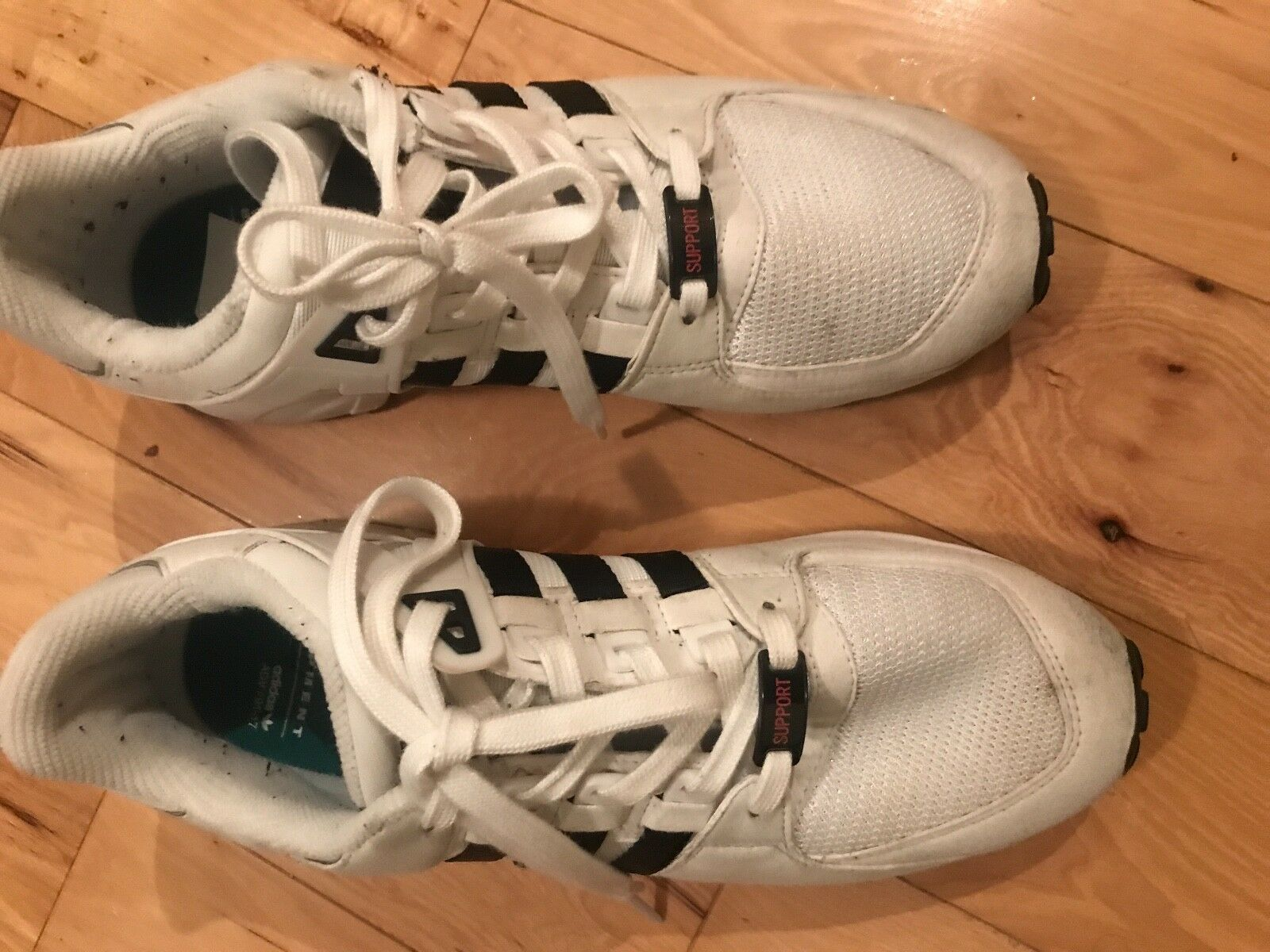 Equipment men running shoes  size 10  more affordable