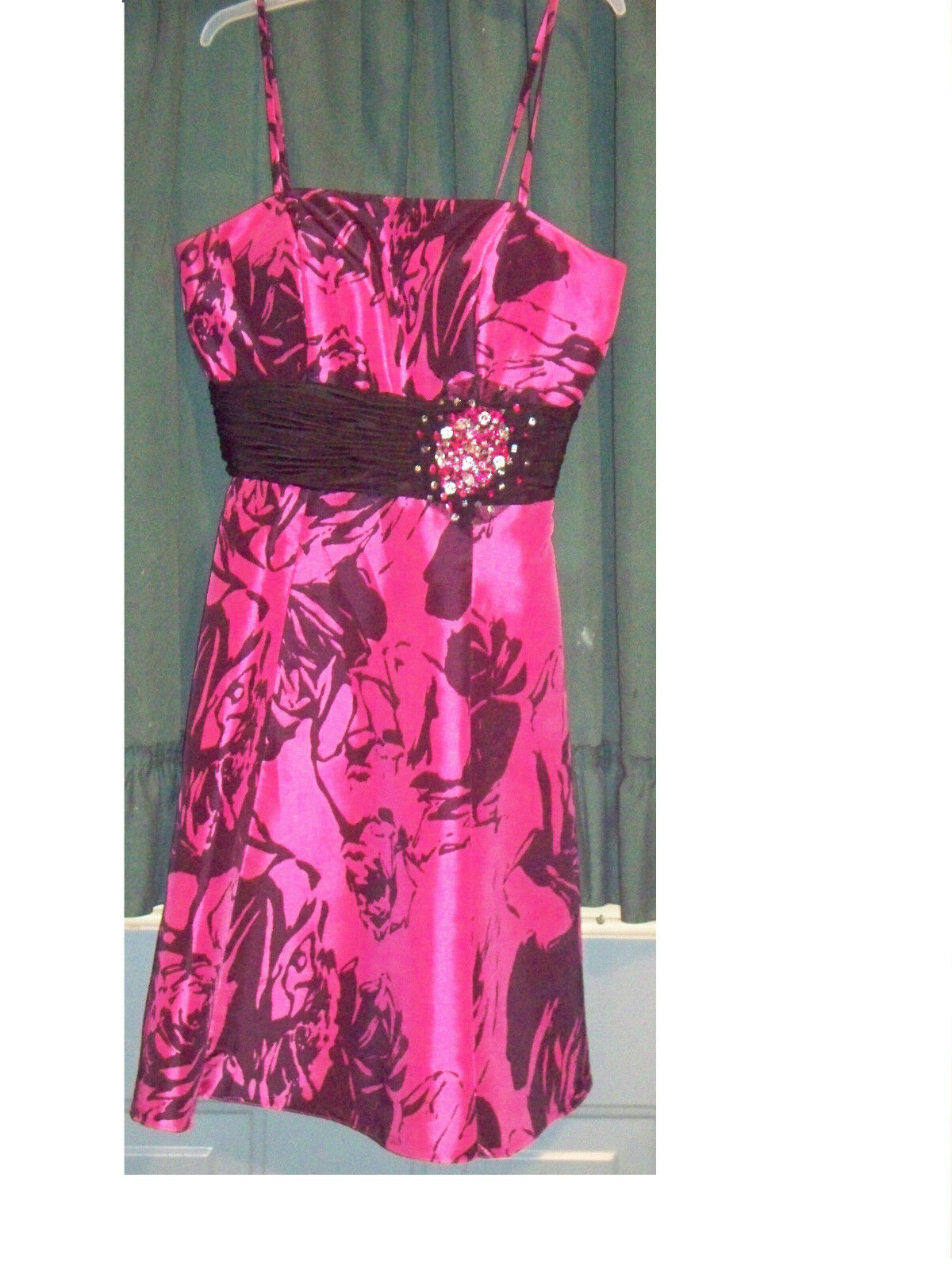 Formal Dress (Größe 2 Regular)