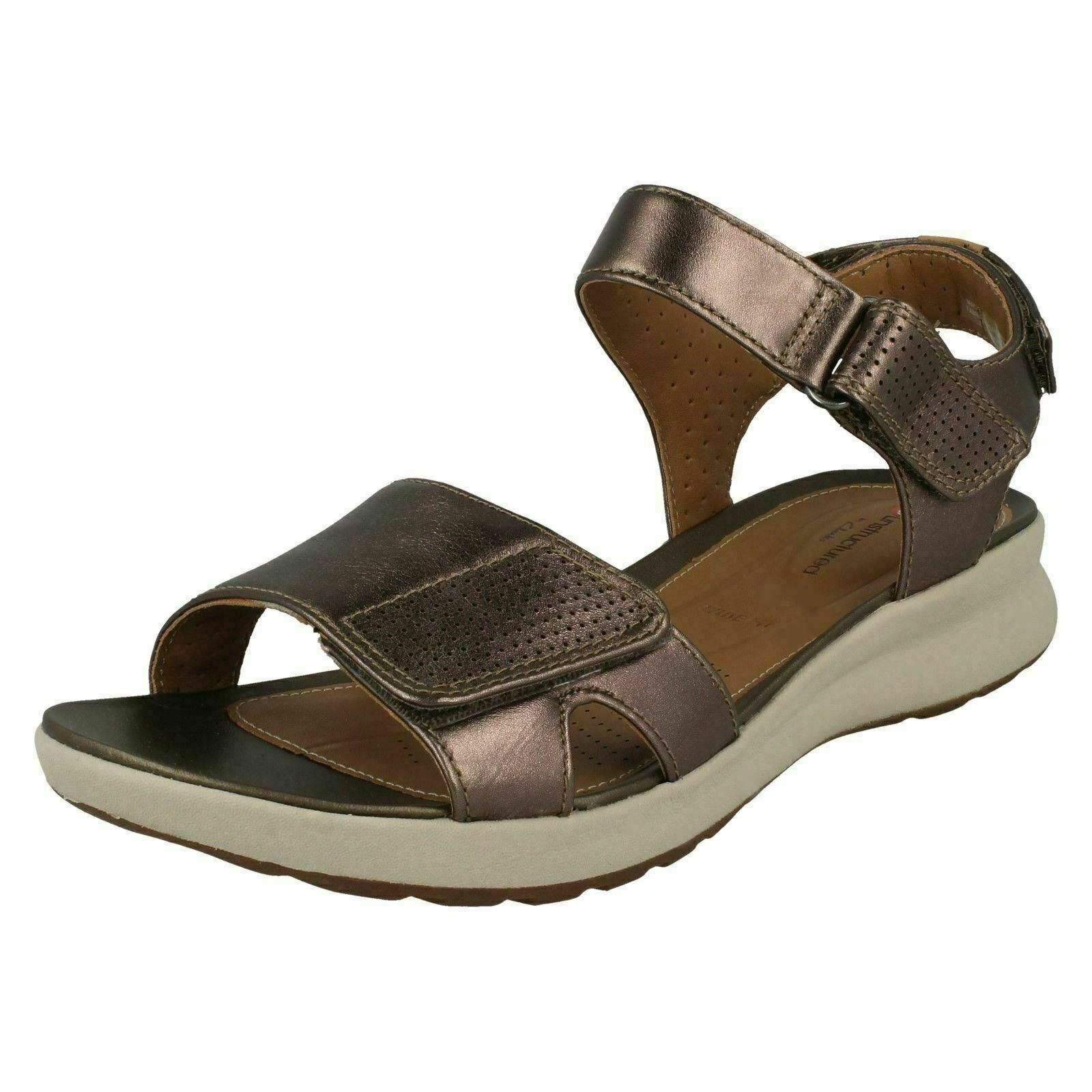 Ladies Clarks Un Adorn Calm Pebble Metallic Leather Casual Sandals - E Fitting