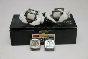 New-Look-Quartz-Mountain-Bike-Clipless-Pedals-MTB-White-2-bolt-with-With-Cleats