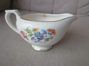 Cream-Pitcher-Creamer-Gold-Gilt-Trim-Scalloped-Foot-Hand-Painted-Flowers-Vintage