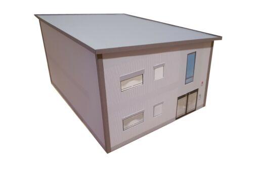 Kartonmodellbausatz 1:50 Bürogebäude Verwaltungsgebäude