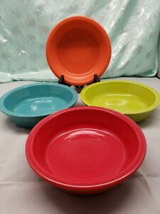 FIESTAWARE Mixed Colors Medium Bowls Lot of 4 Fiesta 19 OZ