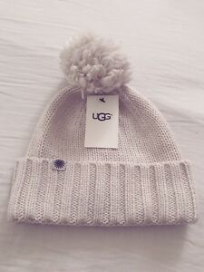 Image is loading Ugg-Pom-Pom-Knit-Hat-ivory-Women-One- 6a672b66ad4